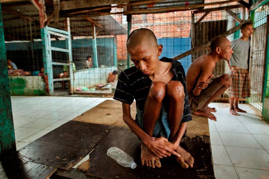 enfermos_mentales_indonesia_7