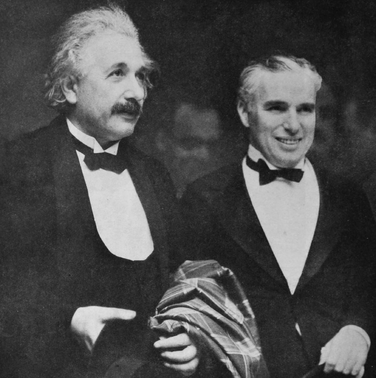 Más detalles Albert Einstein y Charles Chaplin en 1931.