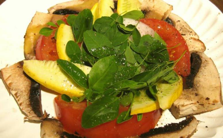 Moringa_Mushroom_Squash_Tomato_Onion_Salad