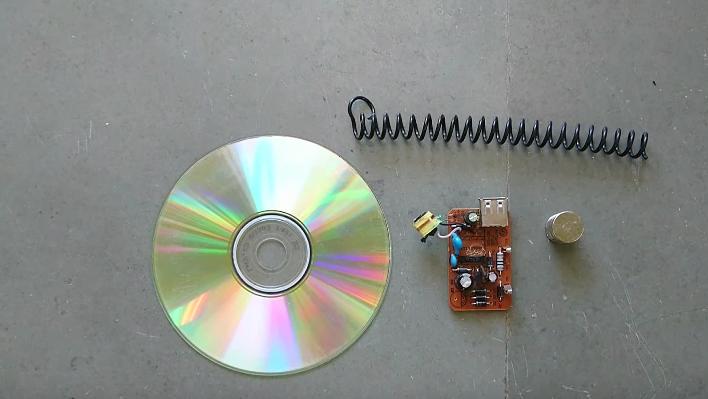 como fabricarte tu propio altavoz con un un cd de musica 1