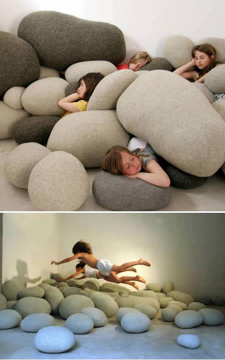 las almohadas mas raras curiosas y geniales que existen 12
