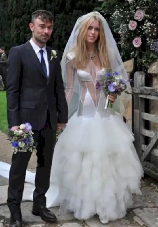 los vestidos de novia mas feo y ordinarios que se han visto jamas 10