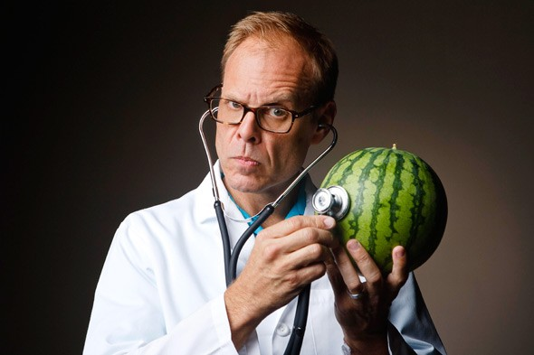 """""""Hola, soy Alton Brown y soy amigo de las frutas y las verduras"""""""