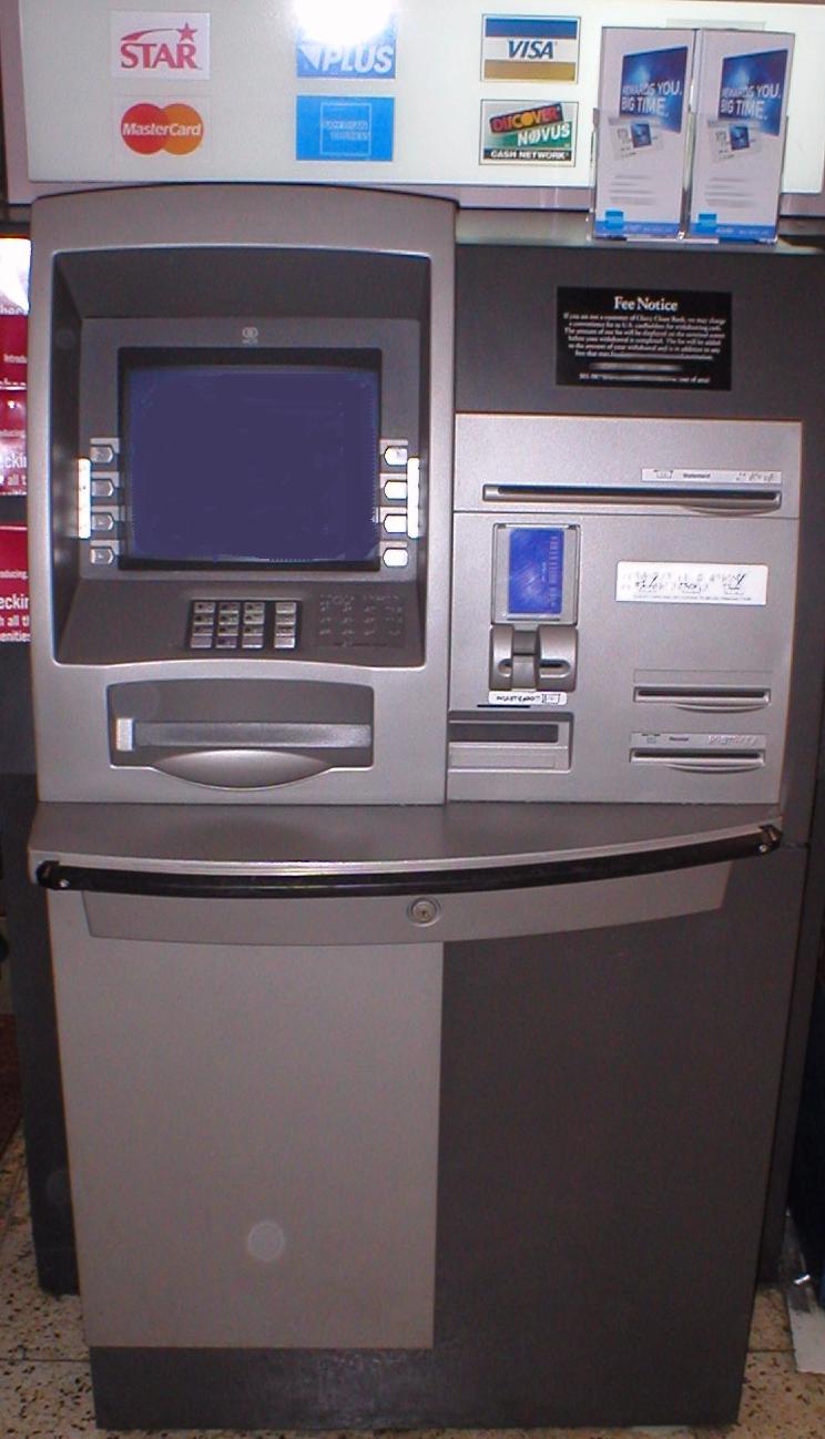 cajeros automaticos modificados por ladrones 1