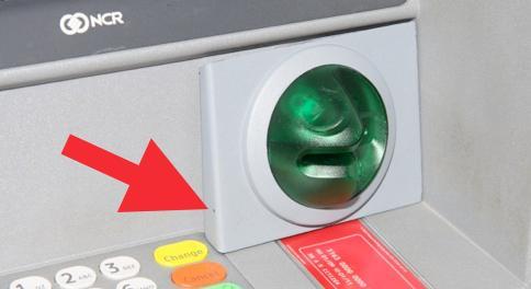 cajeros automaticos modificados por ladrones 6