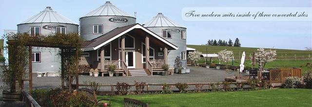 casa rural construida a partir de unos silos de aceite 3