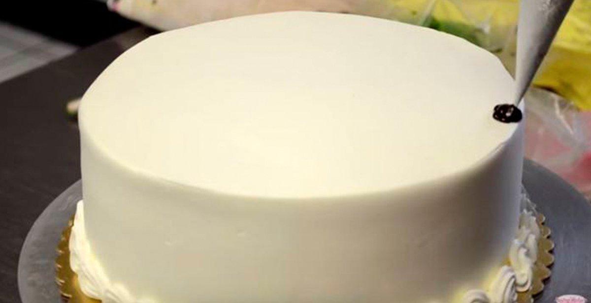 como decorar una tarta en solo 2 minutos