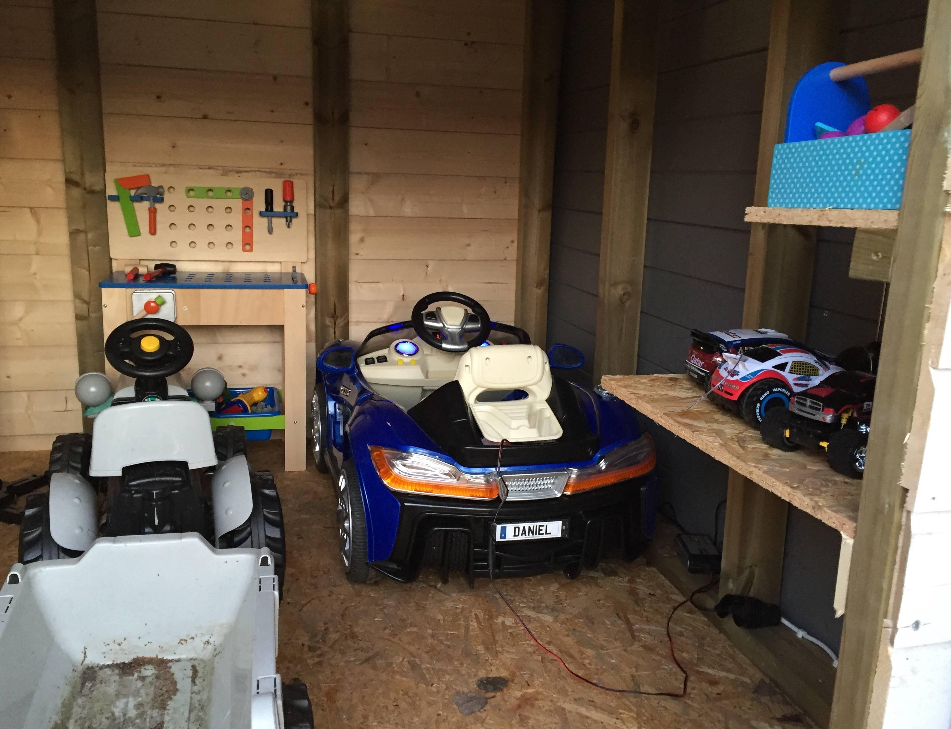 construye un garaje para su hijo 13