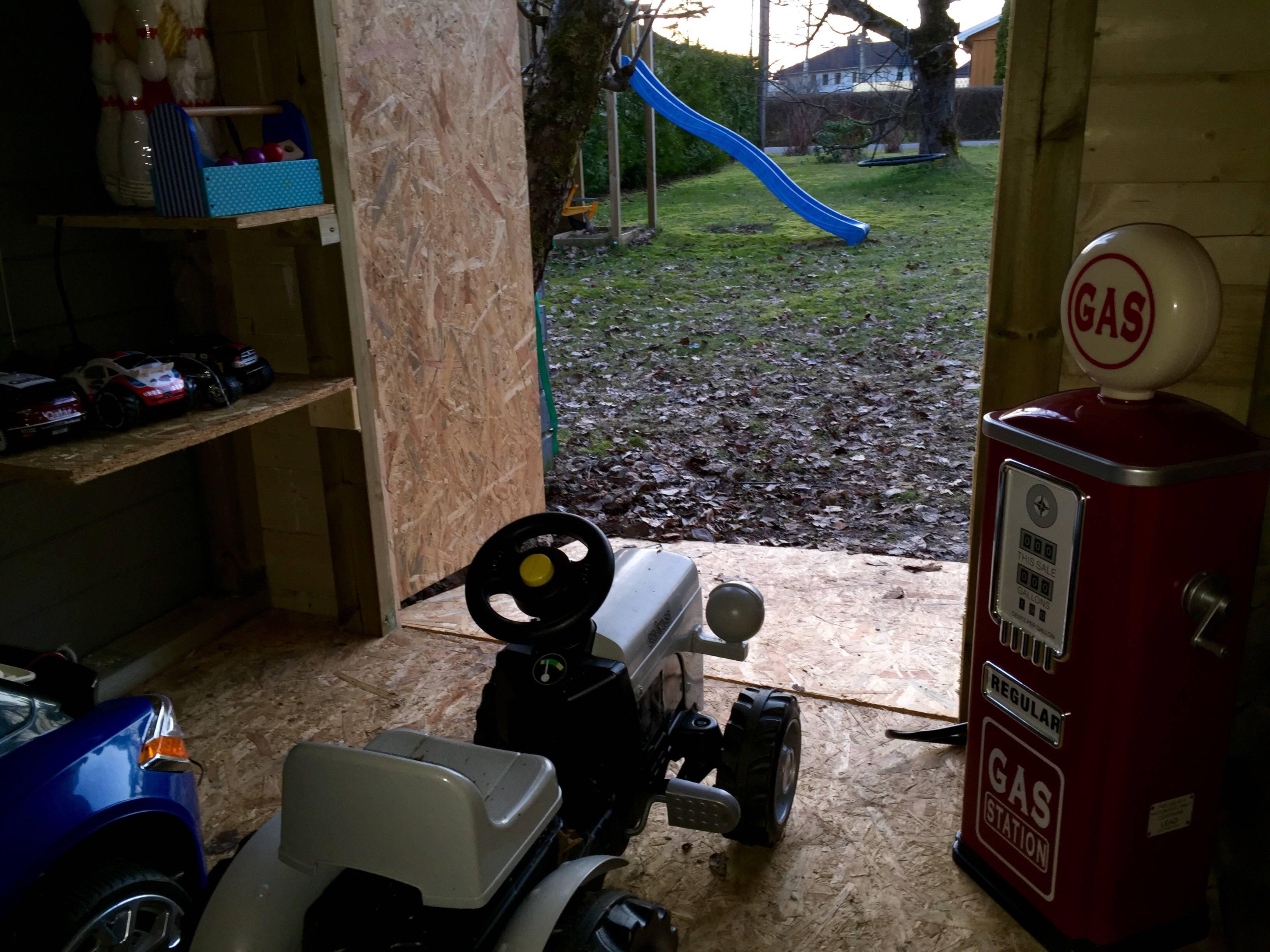construye un garaje para su hijo 15