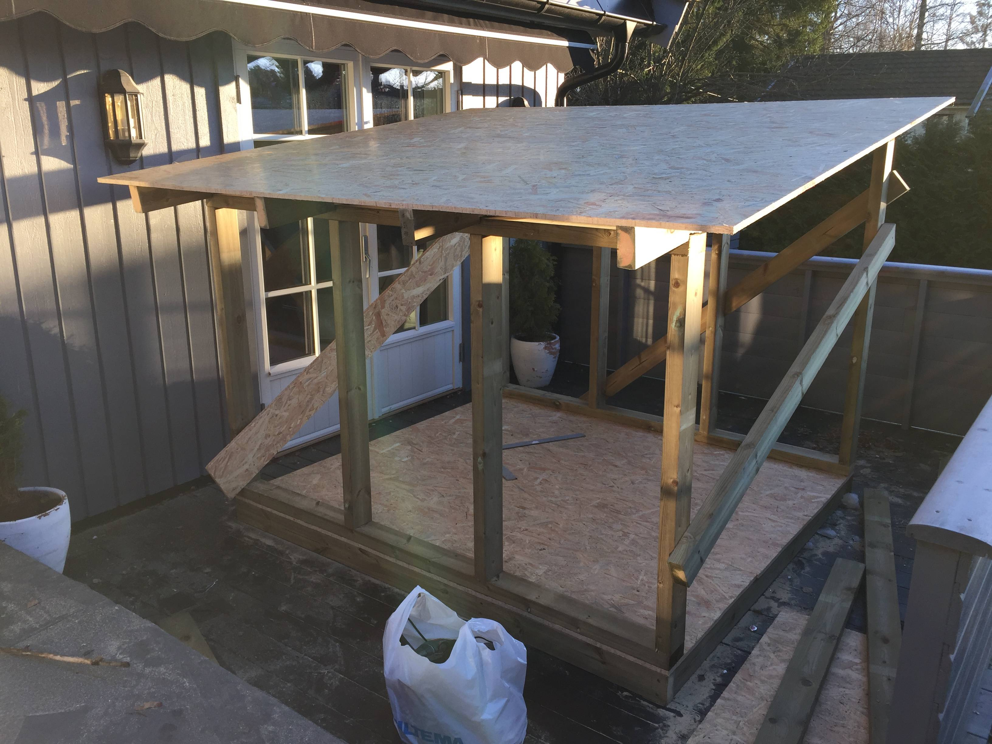 construye un garaje para su hijo 7