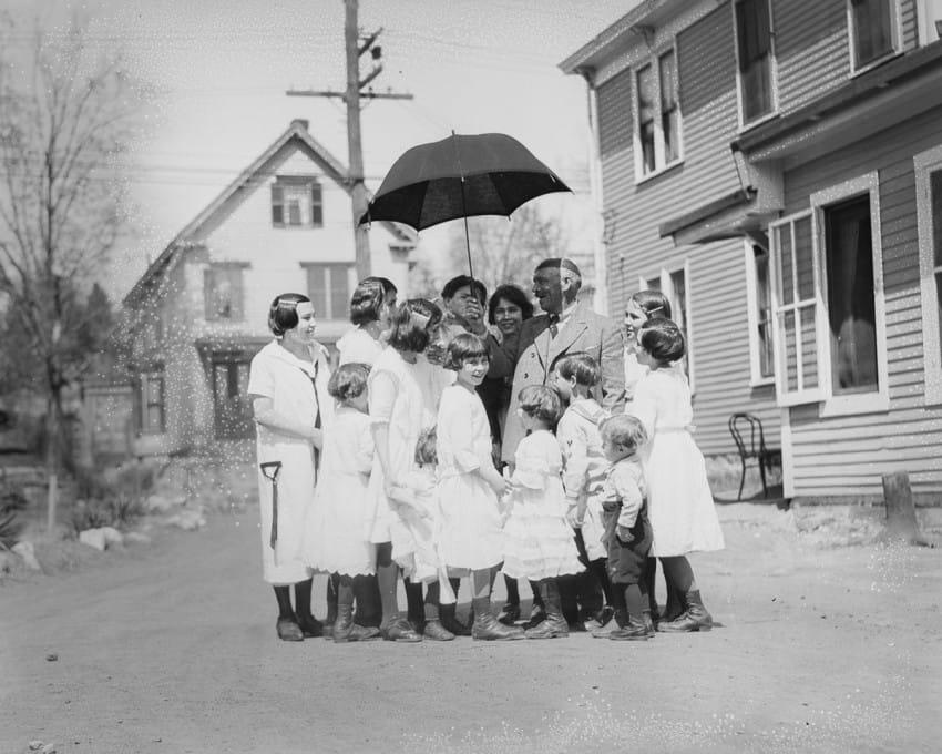 familia de 13 hijos en los años 20 10