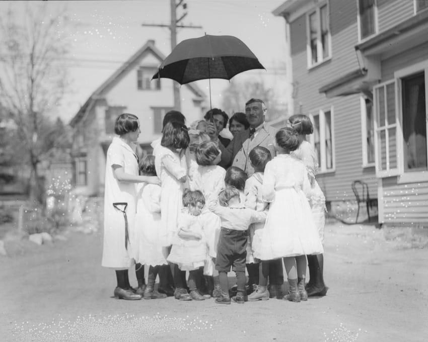 familia de 13 hijos en los años 20 9