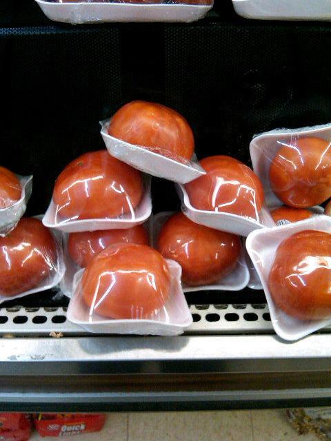 frutas y verduras envueltas innecesariamente en plastico 9