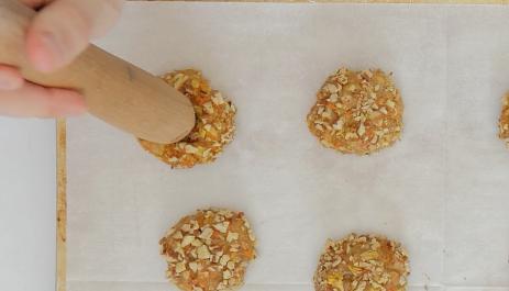 galletas de zanahoria y queso 10