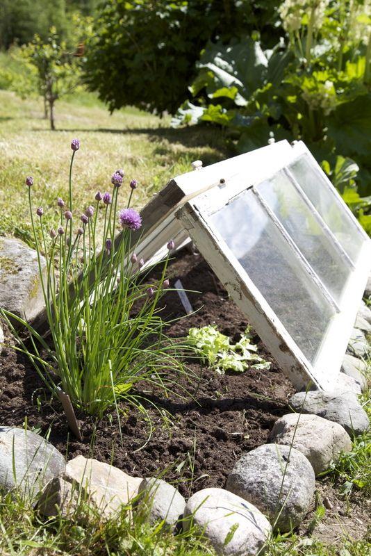25 maneras de reutilizar llas puertas de ventanas viejas 13