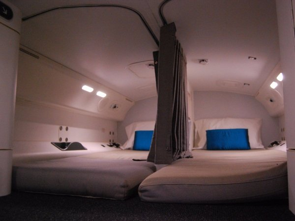 camas azafatas avion 11