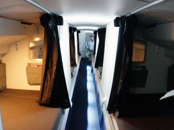 camas azafatas avion 14