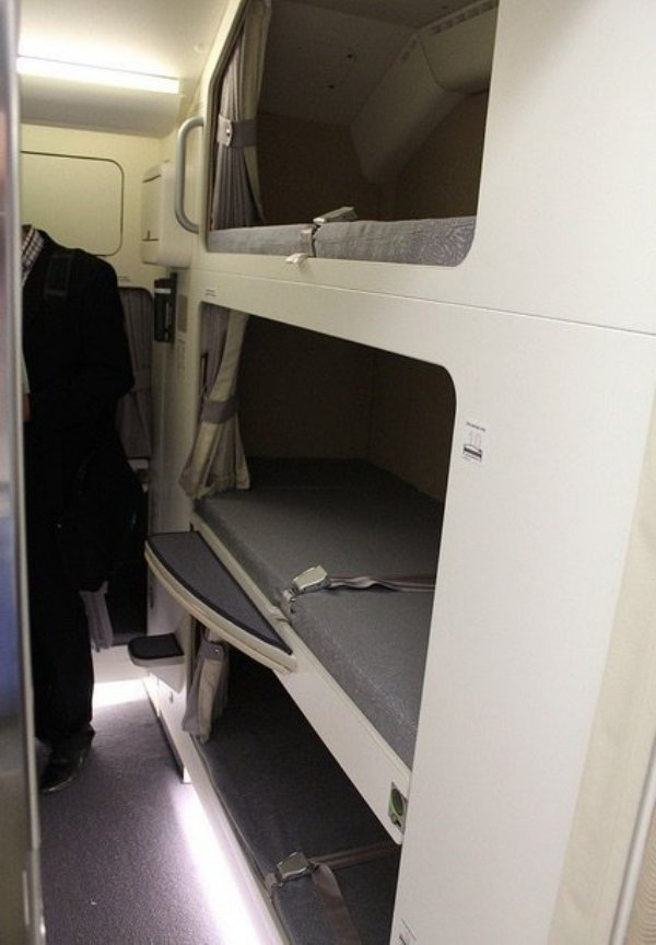 camas azafatas avion 15
