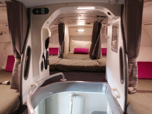 camas azafatas avion 7