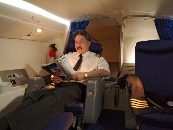 camas azafatas avion 9