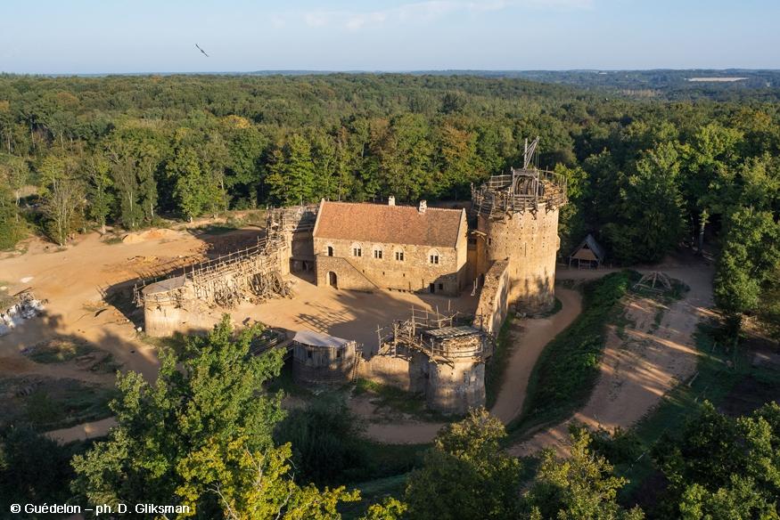 castillo de guedelon en francia 1