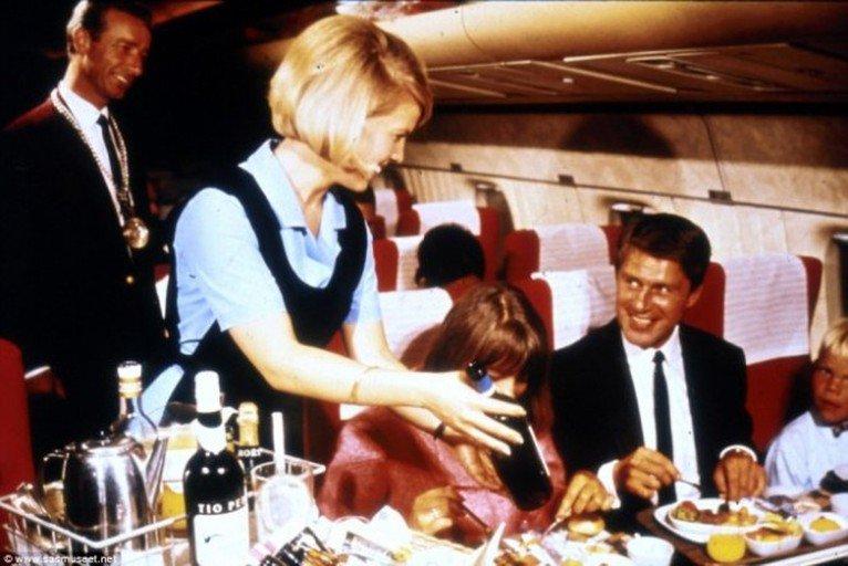 comida avion antes 10