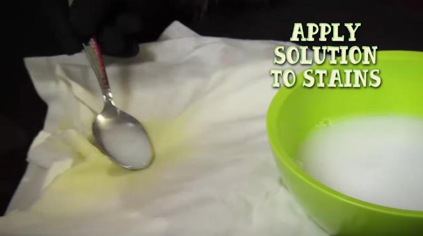 como acabar con las manchas de sudor facilmente 8