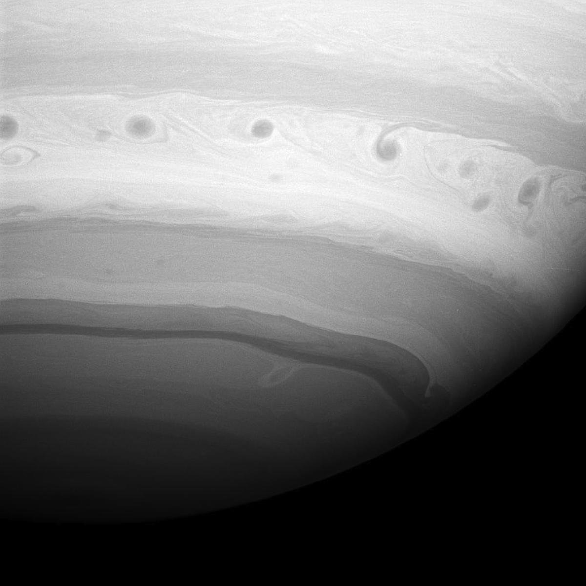 imagenes nunca vistas de saturno tomadas por la sonda cassini 10
