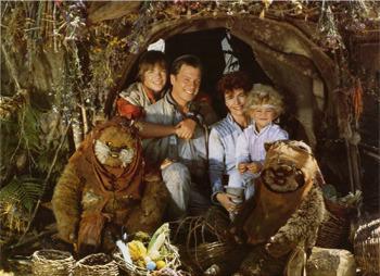 La familia Towani felices y al completo