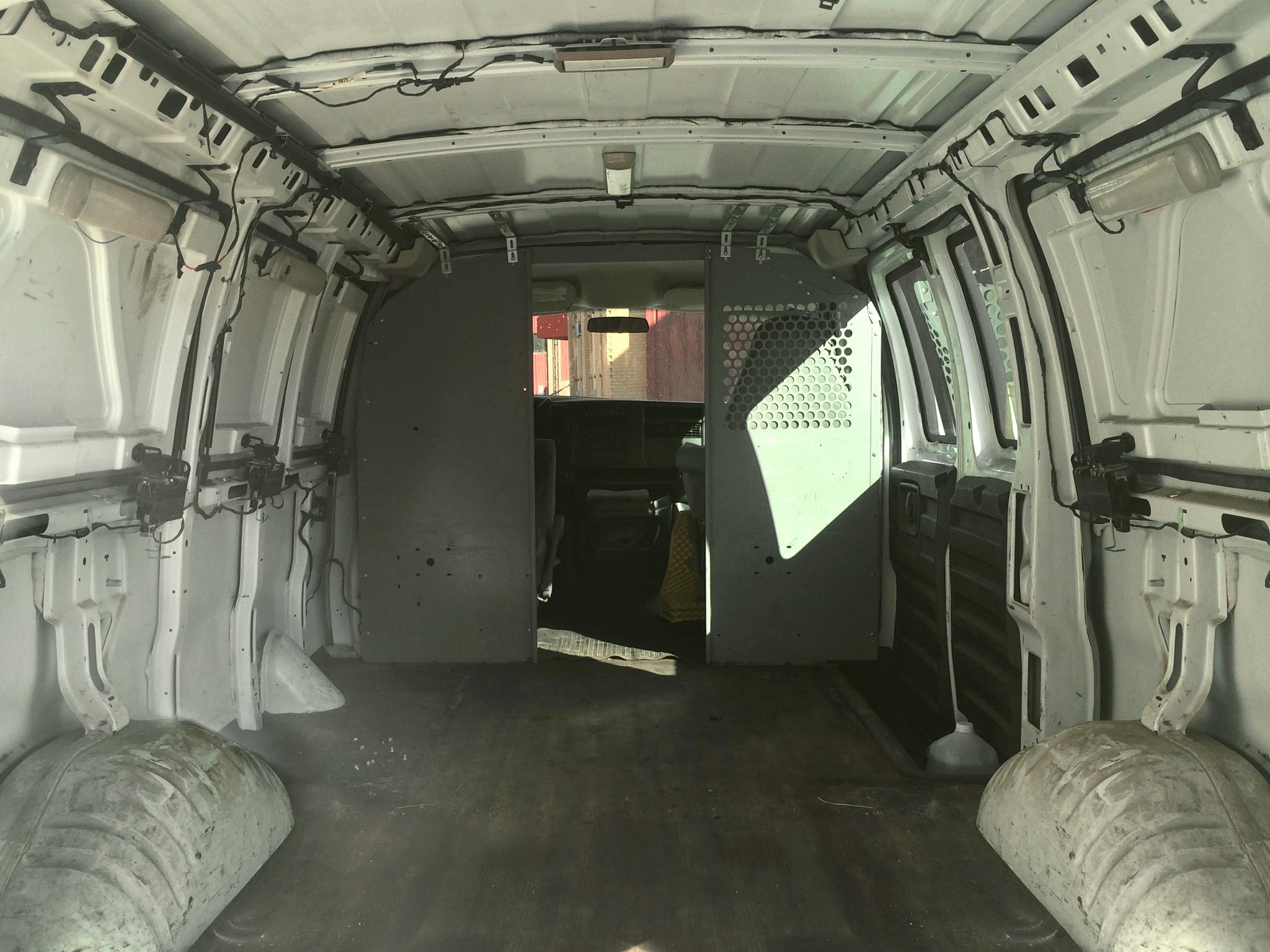 transformando una furgoneta en un estudio movil 1