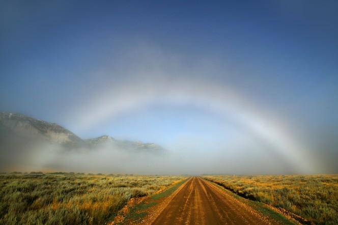 arco iris blancos de niebla 1
