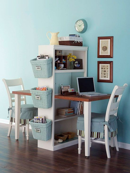 si vives en pareja y ambos necesitis un espacio de trabajo esta mesa con estantera es perfecta para vosotros