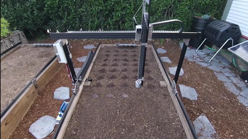 Farmbot - Una maquina capaz de cultivar y mantener cultivos FarmBot-sistema-de-cultivo-robotico-diy-1