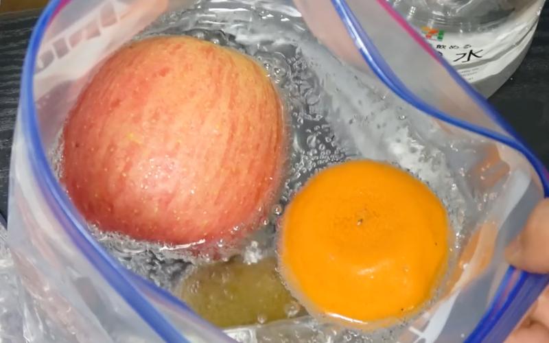 fruta con burbujas 3