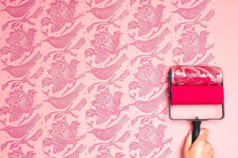 decorar las paredes con papel pintando no solo es trabajoso y difcil sino que es caro hace un tiempo que podemos lograr