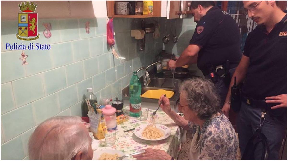 ancianos cena