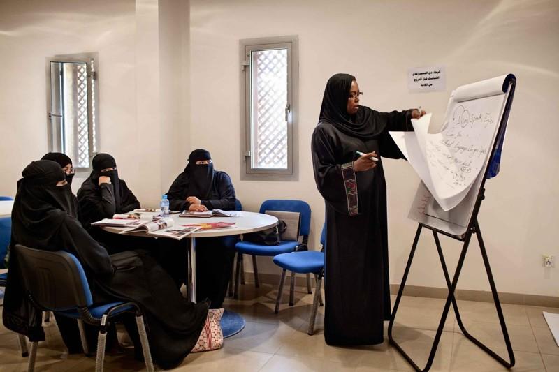 10 cosas que un amujer no puede hacer en arabia saudi 6