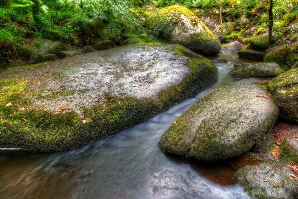 La roca de 137 toneladas que cualquiera puede mover y otras curiosidades del bosque de Huelgoat Huelgoat-foto-6