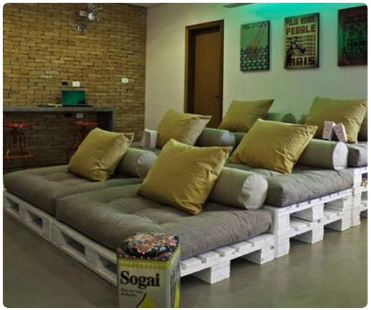 como hacerte uno asientos para tu sala de cine solo con pallets 4