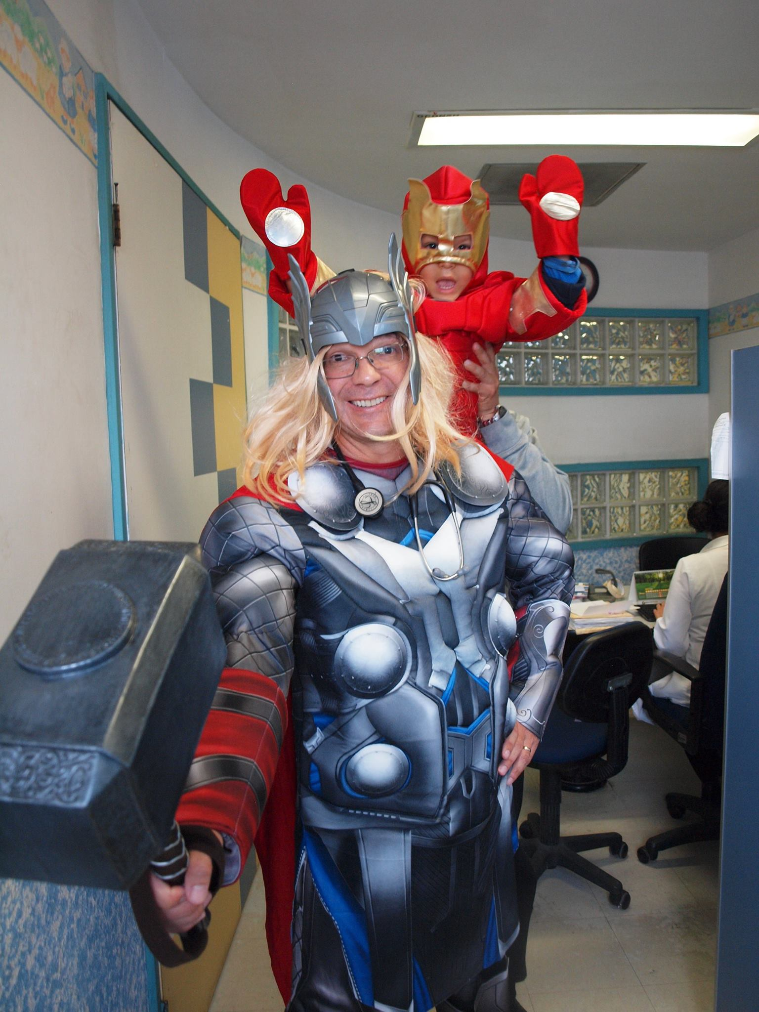 doctor disfraz superheroe 10