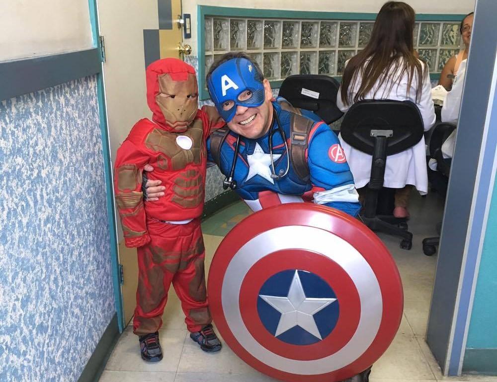 doctor disfraz superheroe 3