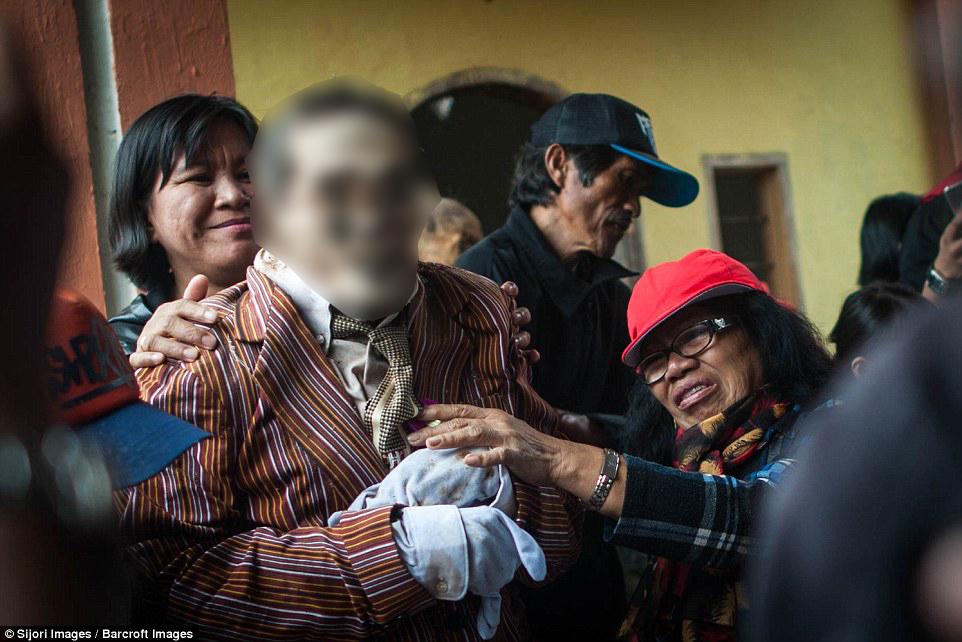 festival ma nene de indonesia 4 censored