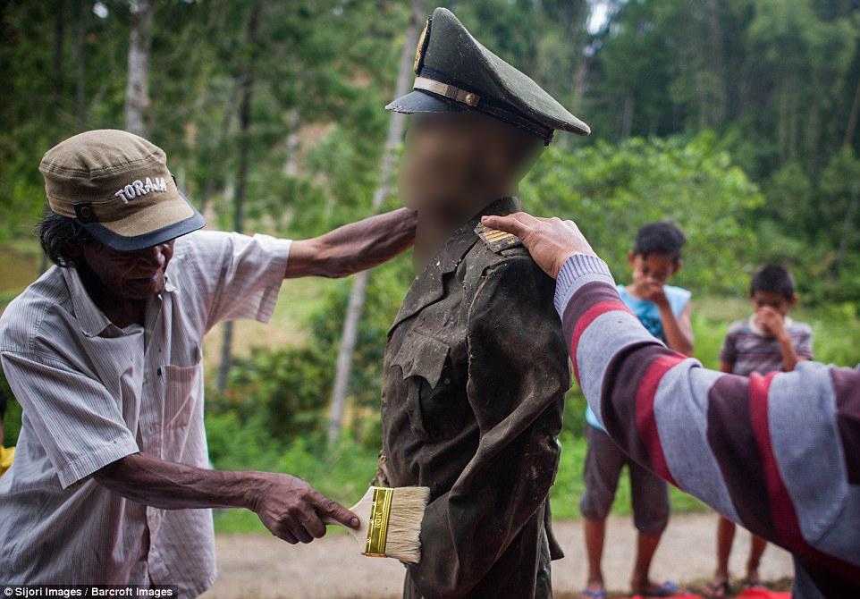 festival ma nene de indonesia 5 censored
