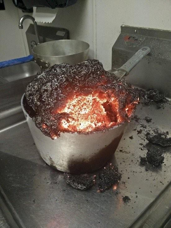gente despistada liandola en la cocina 9