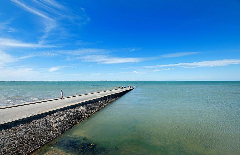 la carretera que acaba bajo el mar todos los dias 2