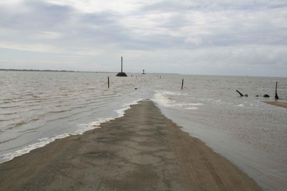 la carretera que acaba bajo el mar todos los dias 3