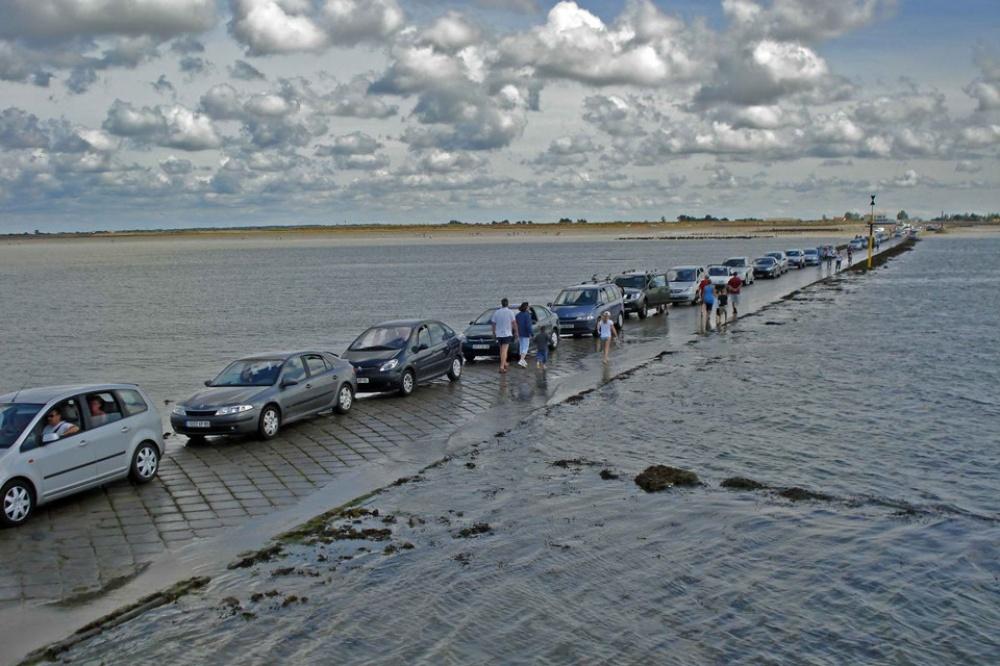 la carretera que acaba bajo el mar todos los dias 5