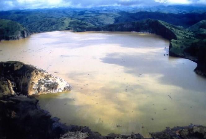 lago asesino 5