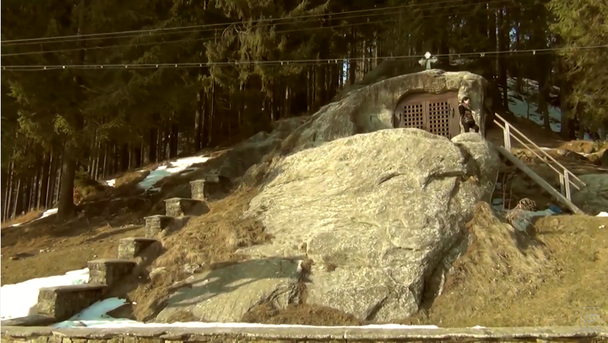 capilla-piedra-rumania-2