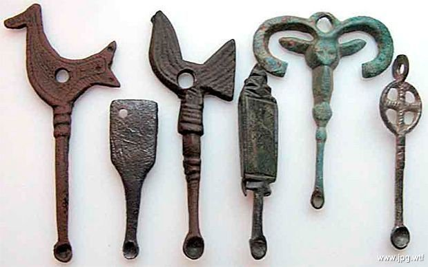 objetos antiguos totalmente ridiculos 3